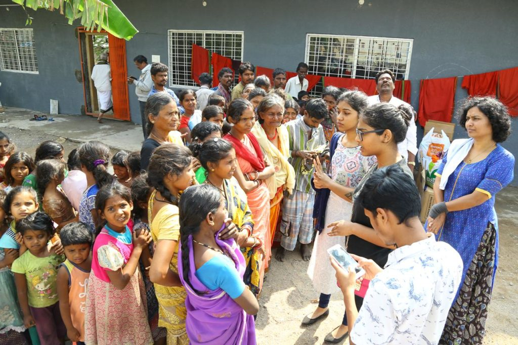 Donation Dive: Traversing the Streets of Hyderabad